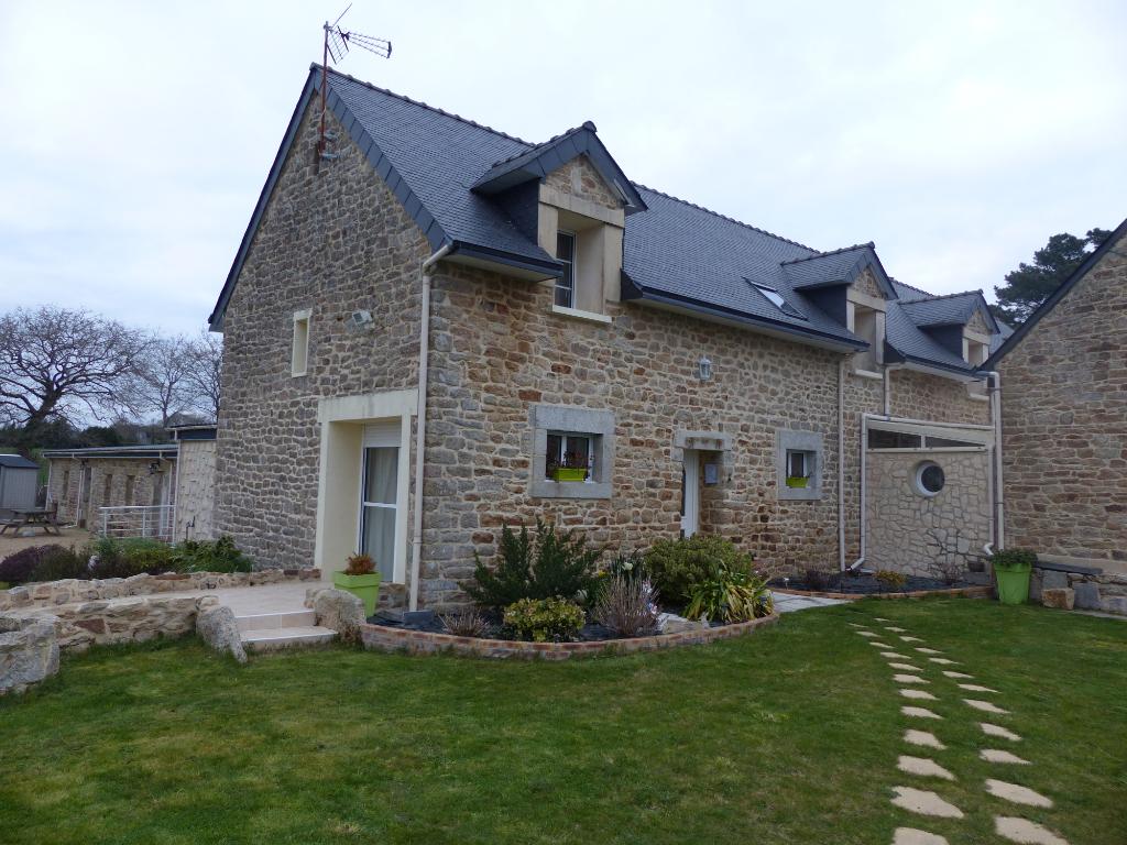Ensemble immobilier, Riec sur Belon, 12 pièce(s), gîtes et maison d'hôtes