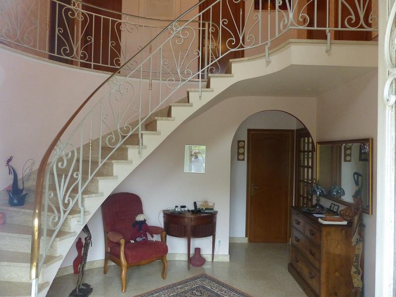 Maison Riec Sur Belon 6 pièce(s) 176 m2